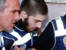 Cem Garipoğlu'na asitli saldırı