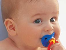 Emzik emmek bebeğe neden zararlı?