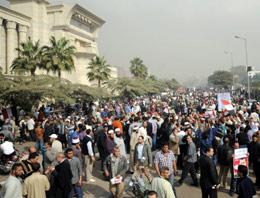 Firavun protestoları Mısır'ı karıştırdı!
