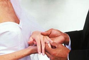 Düğüne 2 ay kala vajinası oldu