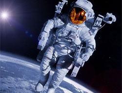Uzayda yürüyen ilk çinli