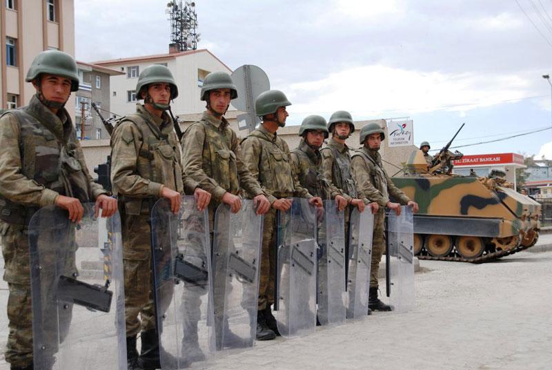 ağri-kobani-olaylari-asker-kente-indi.jpg