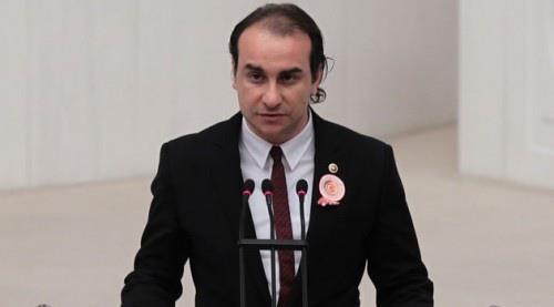 ak-parti-istanbul-milletvekili-ahmet-kutalmiş-türkeş-istifa-etti-ahmet-kutalmiş-türkeş-kimdir-.jpg