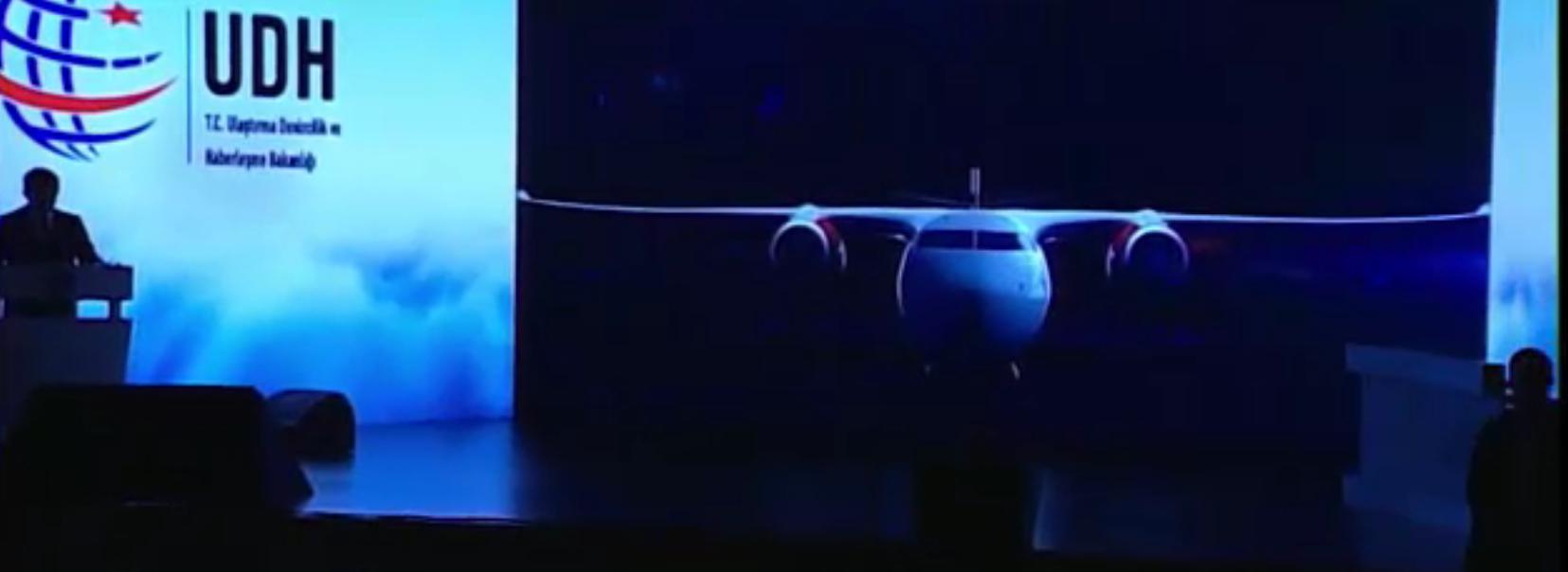 başbakan-ahmet-davutoğlu,-haliç-kongre-merkezinde-yerli-yolcu-uçaği-projesi-tanitim-toplantisinda-konuştu..png