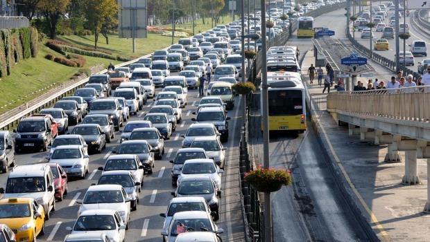 bayram-trafigi-2015-istanbul-yol-durumu-son-dakika.jpg