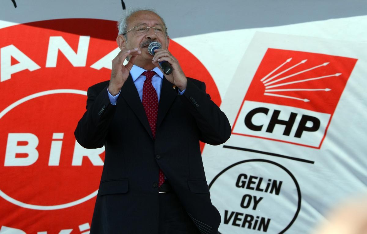 cumhurbaşkani-erdoğan-iğdir-kiliçdaroğlu-klozet-yaniti.20150601172133.jpg