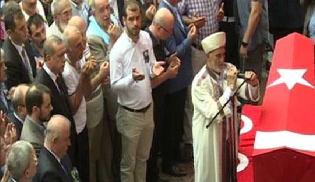 cumhurbaskani-erdogan-trabzonda-sehit-cenazesine-katildi.jpg