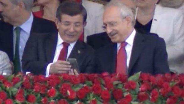 davutoğlu-ile-kiliçdaroğlu-ne-konuştu-i̇şte-o-fotoğrafin-hikayesi.jpg
