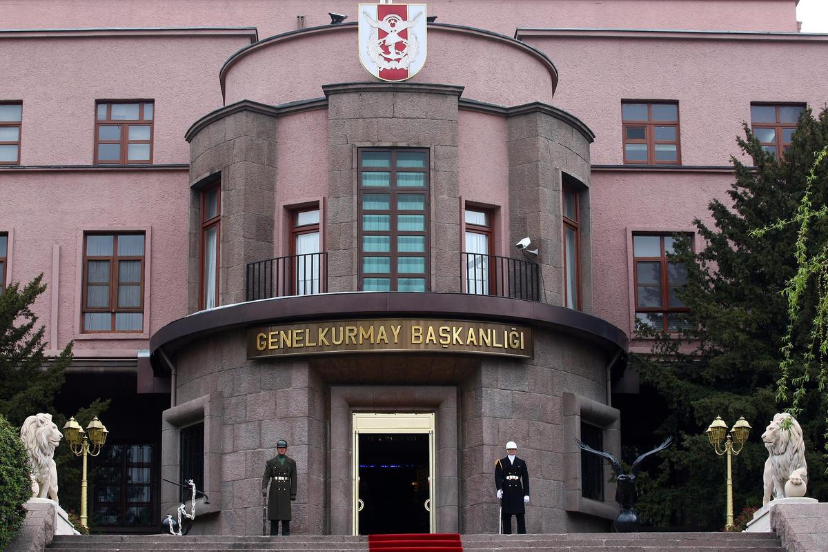 diyarbakir-ve-hakkaride-pkk-saldirisi-şehit-haberleri-var.20150818165747.jpg