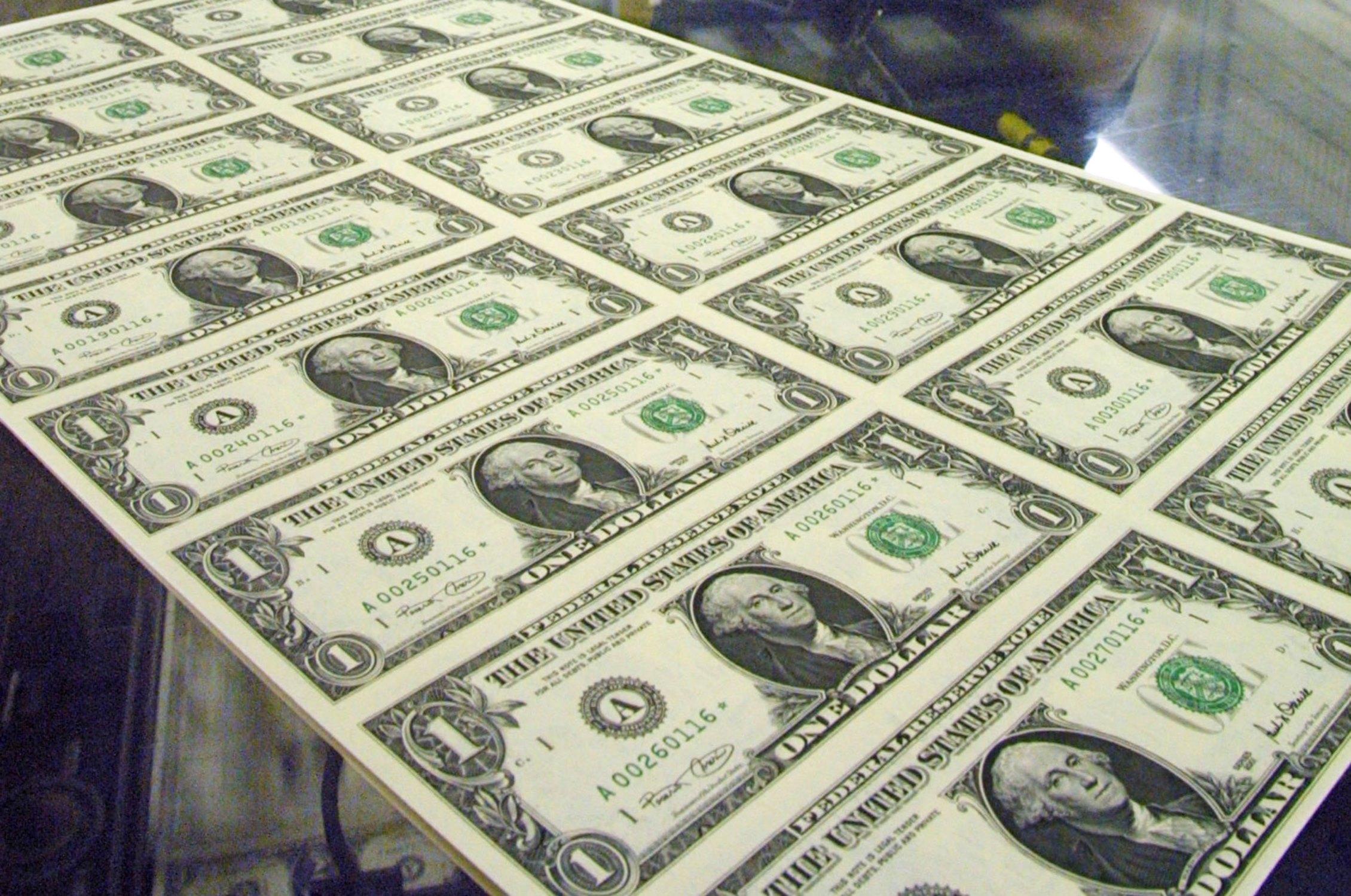 dolar-kuru-ve-çeyrek-altin-fiyatlari-ne-kadar.20151005092735.jpg
