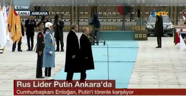 putin türkiye ziyareti son dakika gelişmeleri putin askerleri türkçe selamladı.jpg