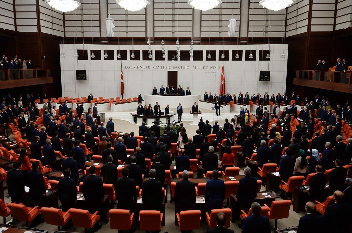 erdoğandan-hdpye-mecliste-sert-çikiş!.20151001154941.jpg