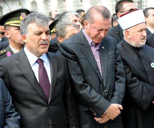 erdogan-aglarken.20130821095416.jpg