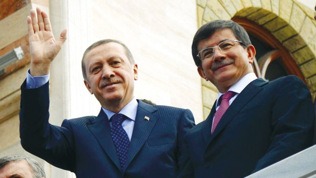erdogan-davutoglu.20150824093812.jpg