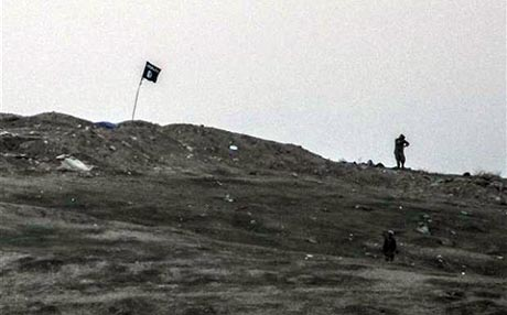 işid-til-şeir-köyü-kobani-işid-bayraği.jpg