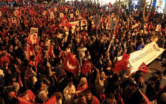 istanbul-cumhuriyet-yuruyus.20121030003844.jpg