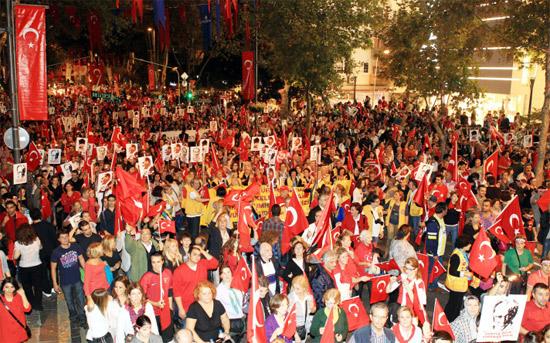 istanbul-cumhuriyet-yuruyus.jpg