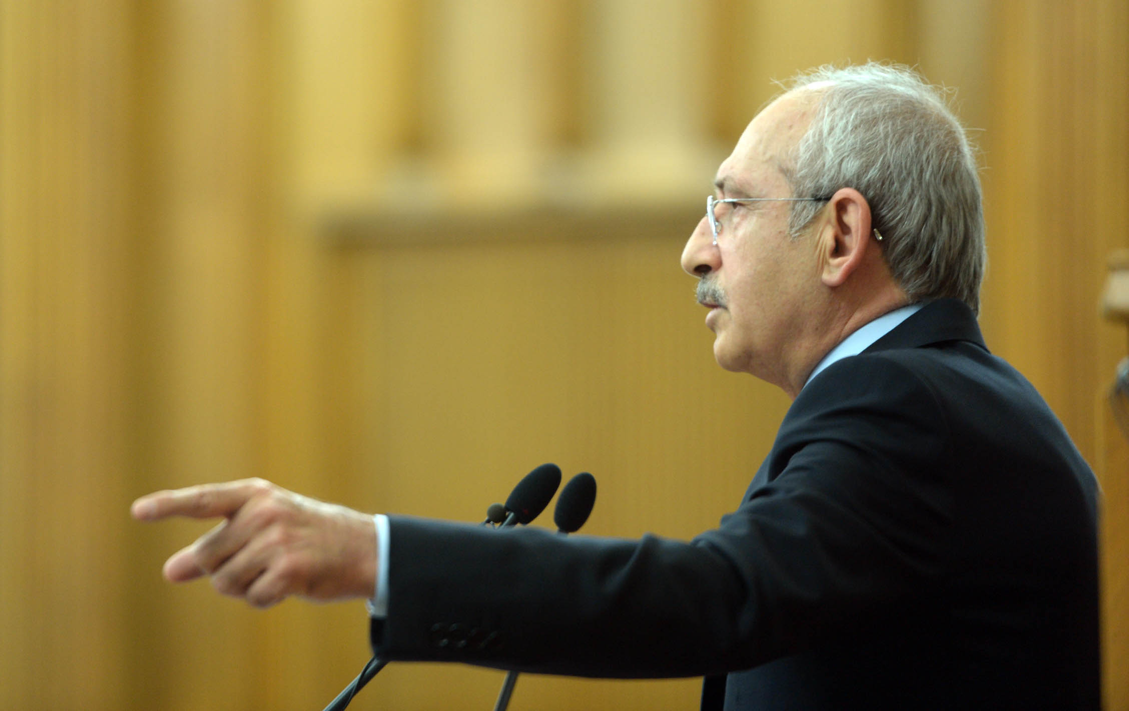 kiliçdaroğlu-chpnin-1-kasim-vaatlerini-açiklayacak.20150929111224.jpg