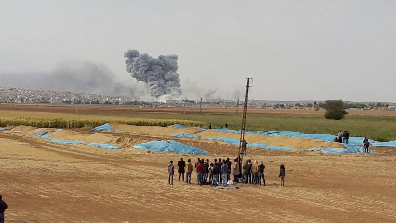 kobane-bayrak-indi-ypg-bayrak-çekti-patlama.jpg