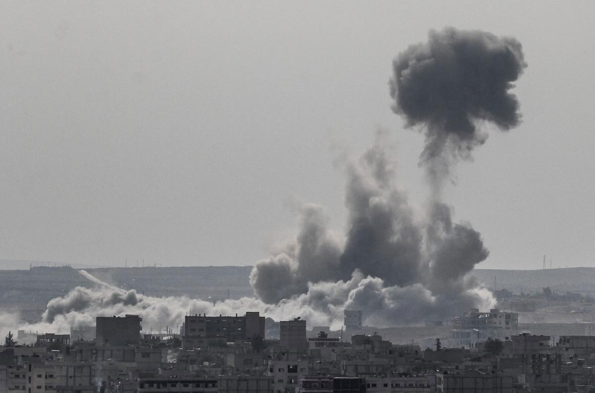 kobani-abd-bombardimani.jpg