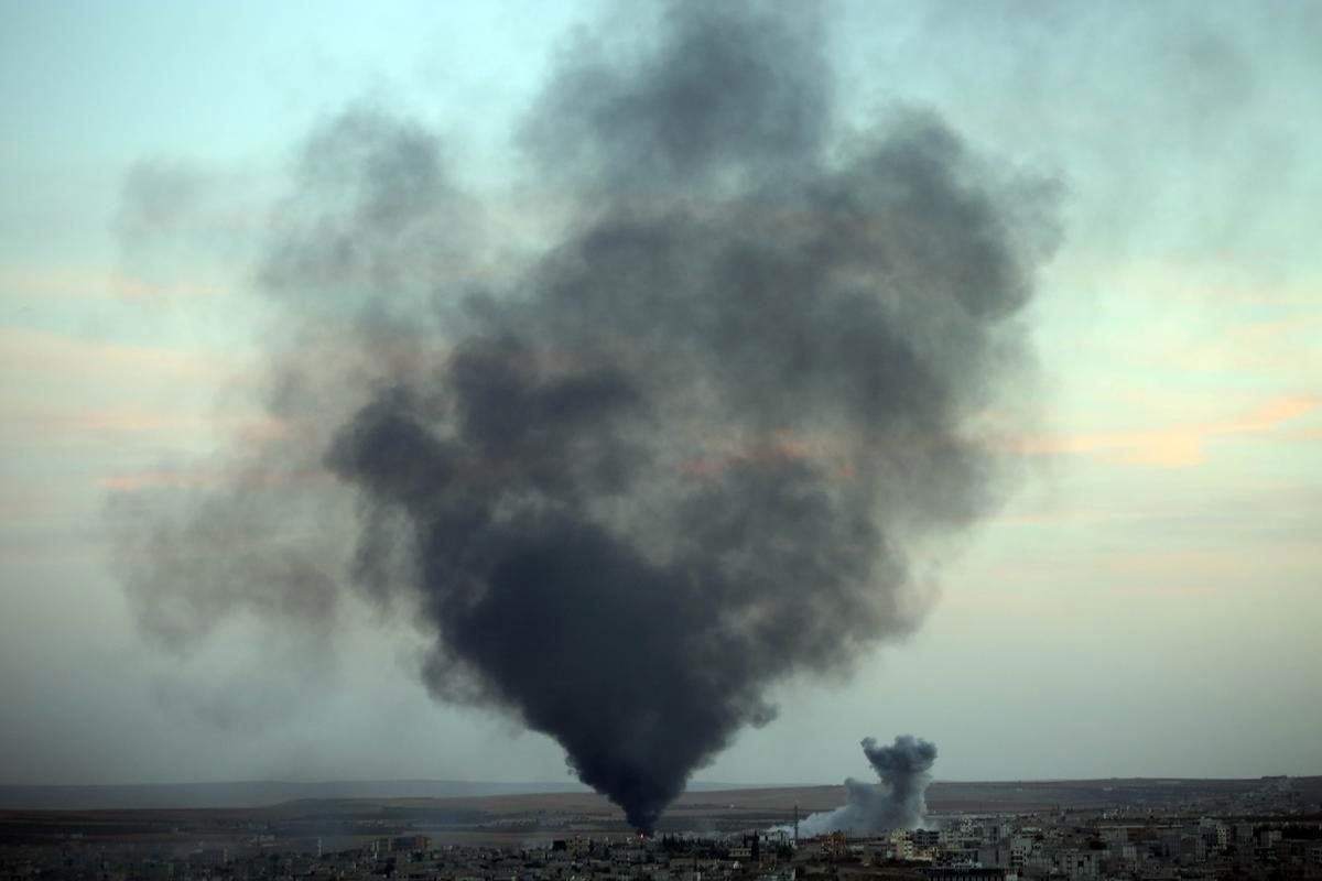 kobani-hava-bombardimani.jpg