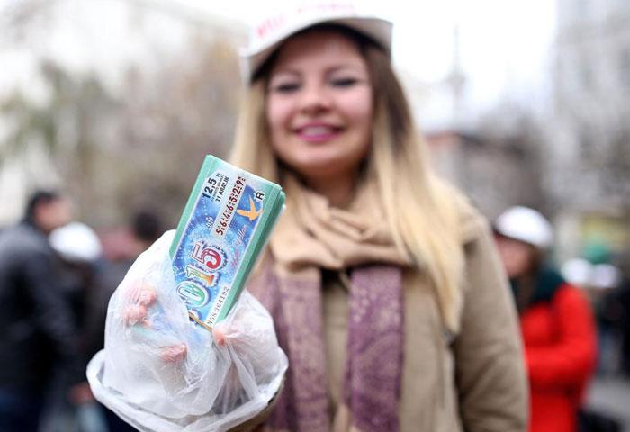milli-piyango-yilbaşi-büyük-ikramiye-bileti.jpg