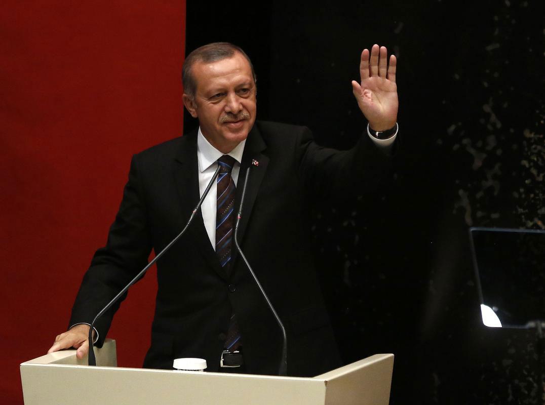 recep-tayyip-erdoğan-ak-partiye-veda-el-salladi.jpg