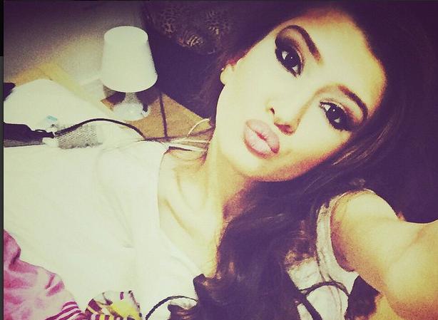 sima-şerafettinova-instagram-hesabi.20150531160208.jpg