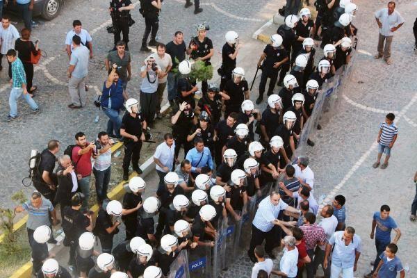 suruc-patlamasi-protestolar.jpg