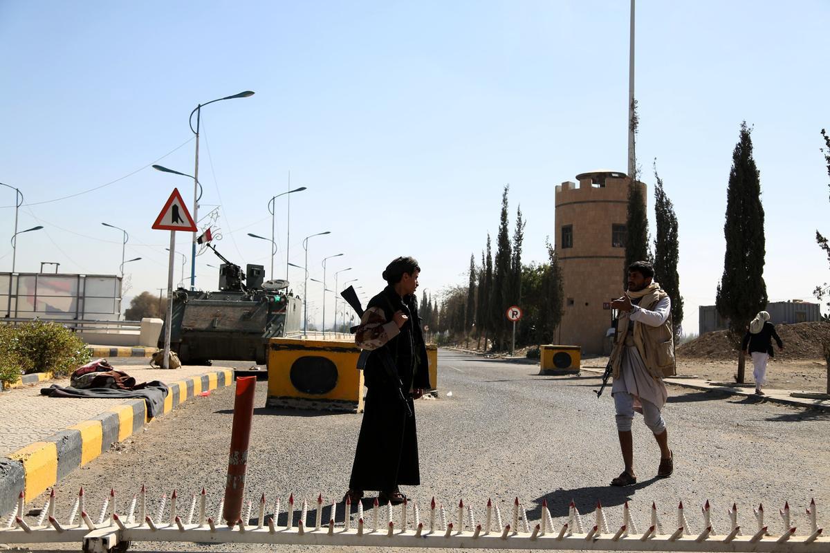 yemen-husiler-başkanlik-sarayi.jpg