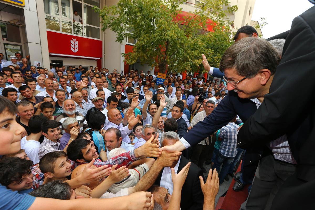 yeni-başbakan-ahmet-davutoğlu-nereli.jpg